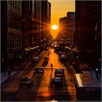 Astronomy Picture of the Day: Chicagohenge: Equinox in an Aligned City